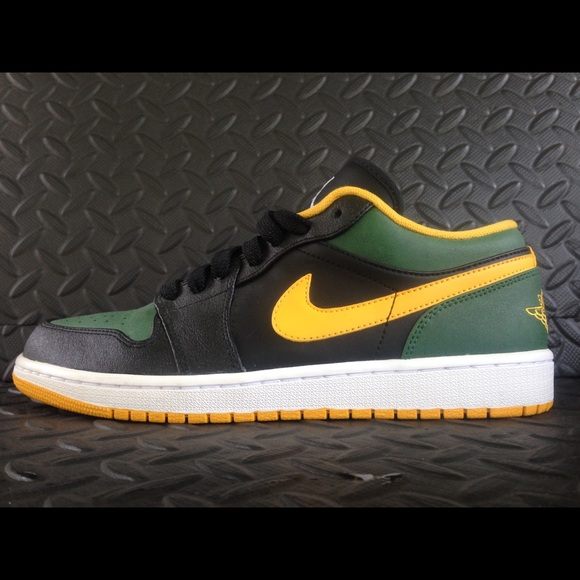 differently b1eac cbdc9 Jordan Shoes | 1 Low Seattle Supersonics Used Size 105 | Poshmark